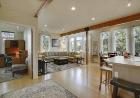 940 Kimbark St. #D, Longmont, Colorado 80501, 2 Bedrooms Bedrooms, ,2 BathroomsBathrooms,Condo,Furnished,Kimbark St. #D,1061